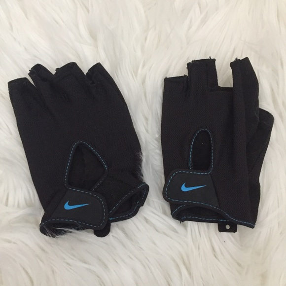 Nike Work Out Gloves 1f5da58c1d71
